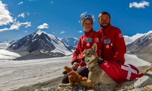 Tùng Lộc Pet – Chuyến du lịch Mông Cổ của chú chó lai sói
