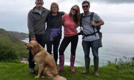 Tùng Lộc Pet – Du khách chết vì bơi ra biển cứu chó cưng